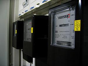 Bei Jedem Elektronischen Gerät, Wie Beim Elektrischen Durchlauferhitzer,  Sollten Sie Vor Dem Kauf Auf Den Stromverbrauch Achten.